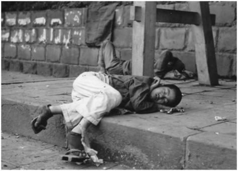 homeless_orphan_in_postwar_tokyo