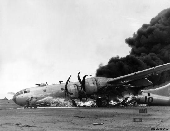 342-FH-3A-42696-58275AC_iwo_b29_crash_20th_af
